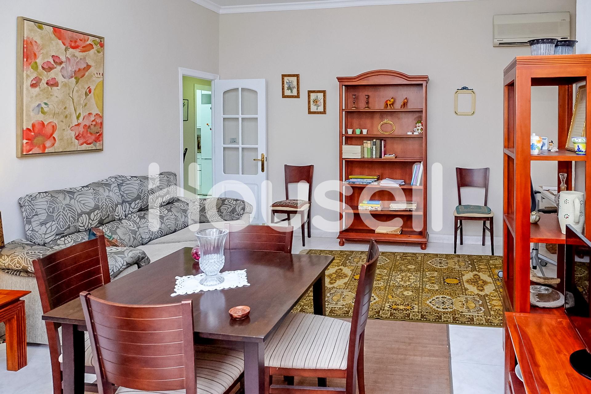 Piso en venta con 85 m2, 3 dormitorios  en Melilla Capital (Melilla)