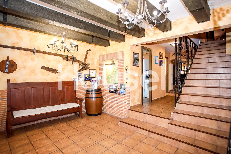Planta baja en venta con 373 m2, 4 dormitorios  en Miño de Medinaceli