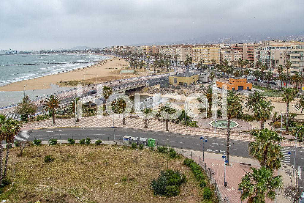 Ático en venta con 540 m2, 5 dormitorios  en Melilla Capital (Melilla)
