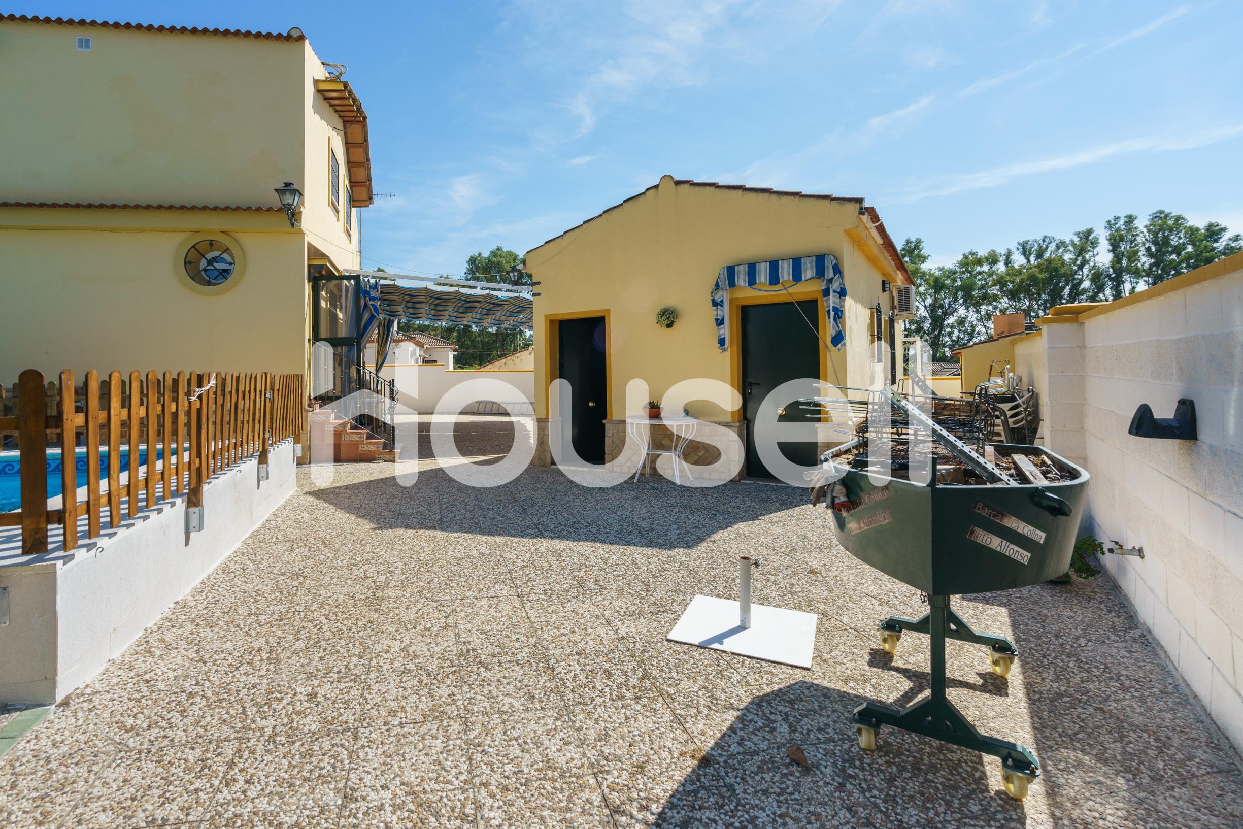 Casa en venta con 237 m2, 5 dormitorios  en Castilblanco de los Arroyo